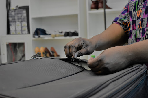 Tailormade Barsha - SHOE & BAG REPAIR - TAILORING